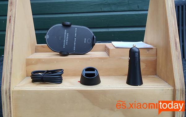 Mi Wireless 20W Car Charger Análisis: interior del empaque